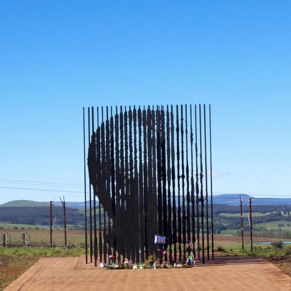 La sculpture commémorative de Nelson Mandela à Howick