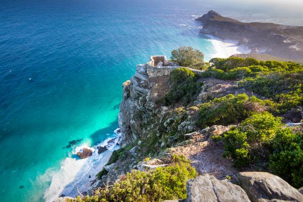 Vue sur les falaises de Cape Point et l'eau turquoise Diaz Beach