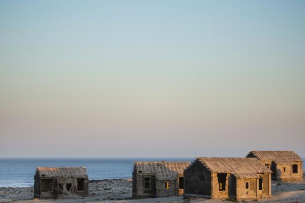 La ville fantôme de Kolmanskop et ses maisons abandonnées