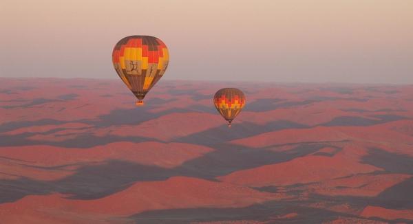 2 survols en montgolfière au dessus du célèbre désert orangé du Namib