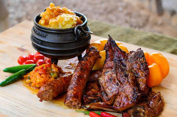 Viande namibienne grillée au brai et mijotée dans un potjie
